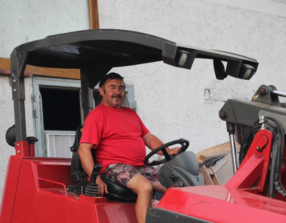 Bauer Martin auf dem Ferrari